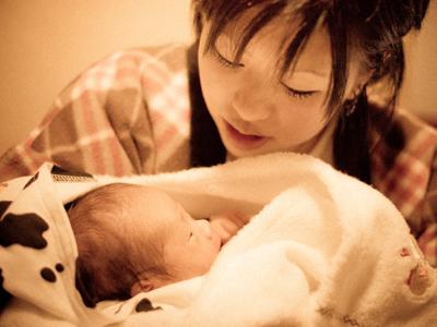 いっそ産んじゃえば幸せになれる…のか?Photo by Takuma Kimura from Flickr