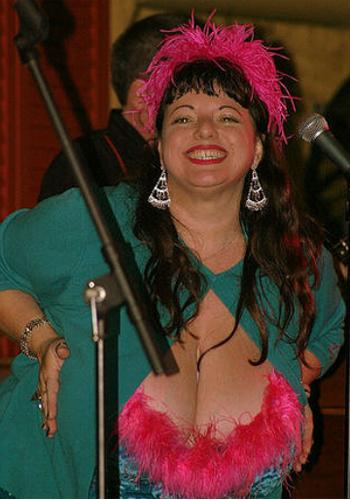 太っていてもセクシーな人はセクシーだし。 Photo by Charles Haynes from Flickr