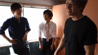 一徹君とツッキーと翔太君が洗面所で談笑する寮…入居受付はどこですか