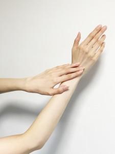 ebinuma-hand