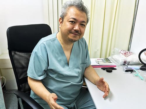 格闘の日々を語る本田医師