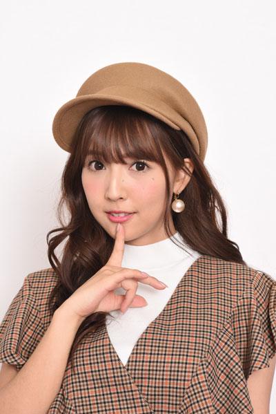 三上悠亜「女子が憧れるAV女優」インタビュー!こだわりだらけのコスメ選び&メイク術/前編の画像1