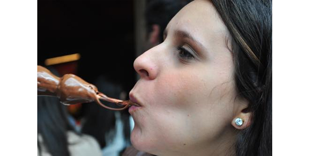 食欲を我慢できない人は、性欲も我慢できない?