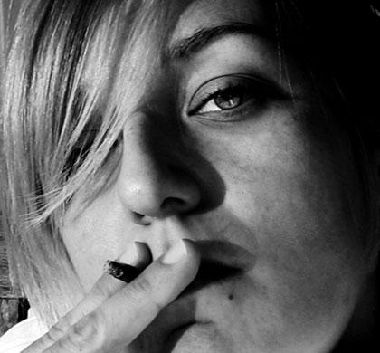キメセクをすすめられてハーブを吸った経験 キマらなくて良かったと思った話の画像1