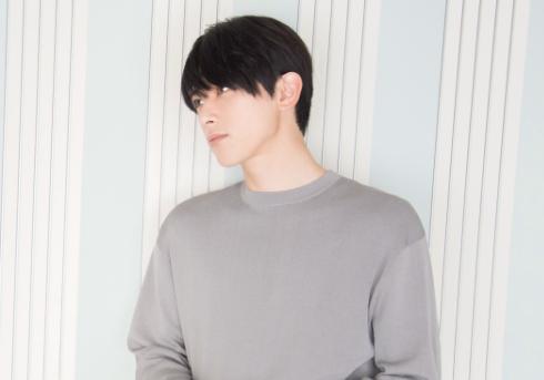 吉沢亮 オフィシャルサイトより