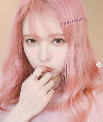 【完成】益若つばさが手越祐也と「復縁」? お揃いのピンク髪で怒り心頭の画像1